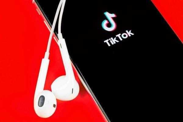 Как снимать видео в TikTok?